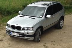 Sanitätsdienst-Tennagels-BMWX5-1_89-01-Seitenansicht-ziviles-NEFB151