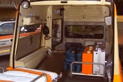 Sanitätsdienst-Tennagels-MB123-9_85-03-Einblick-ex.-KTW3-9948