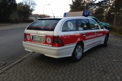 Sanitätsdienst-Tennagels-MB-C240-1_82-01-Seitenansicht2-ex.-NEF1-1187