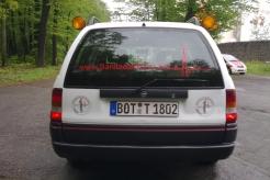 Sanitätsdienst-Tennagels-Astra-9_80-02-Heckansicht-ex.-PKW-im-RettD4CF9