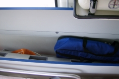 Sanitätsdienst-Tennagels-Sprinter-212-1_85-01-Staufach-Immobilisation-ex.-KTW1-C221