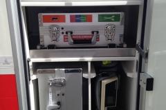 Sanitätsdienst-Tennagels-GmbH-VW-LT2-1_83-01-Kofferfach-mit-Rückfallebene-EKG-LP10-ex.-RTW1-44C1