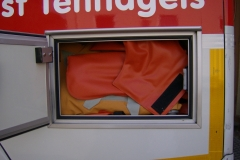 Sanitätsdienst-Tennagels-GmbH-VW-LT2-1_83-01-Seitenfach-Vakuumschienen5D98