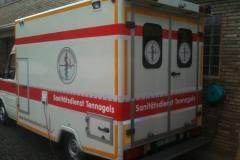 Sanitätsdienst-Tennagels-GmbH-VW-LT2-1_83-01-vor-der-Wache-Bottrop-x.-RTW-1-AE80
