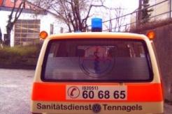 Sanitätsdienst-Tennagels-VWT4-9_85-02-Heckansicht-ex.-KTW2-AE6B